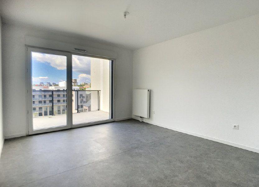 Appartement à louer 66m2 à Lille