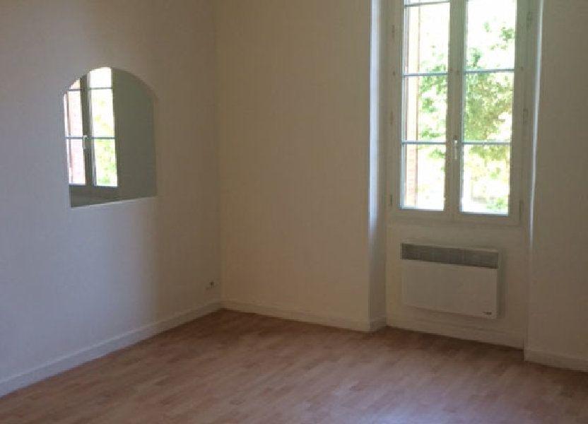 Appartement à louer 68m2 à Toulon