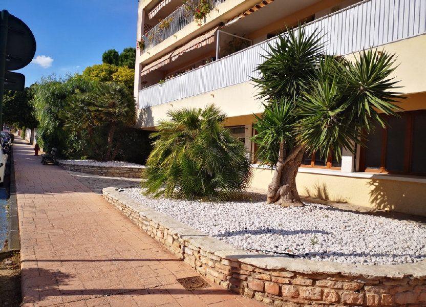 Appartement à vendre 55.89m2 à Sanary-sur-Mer
