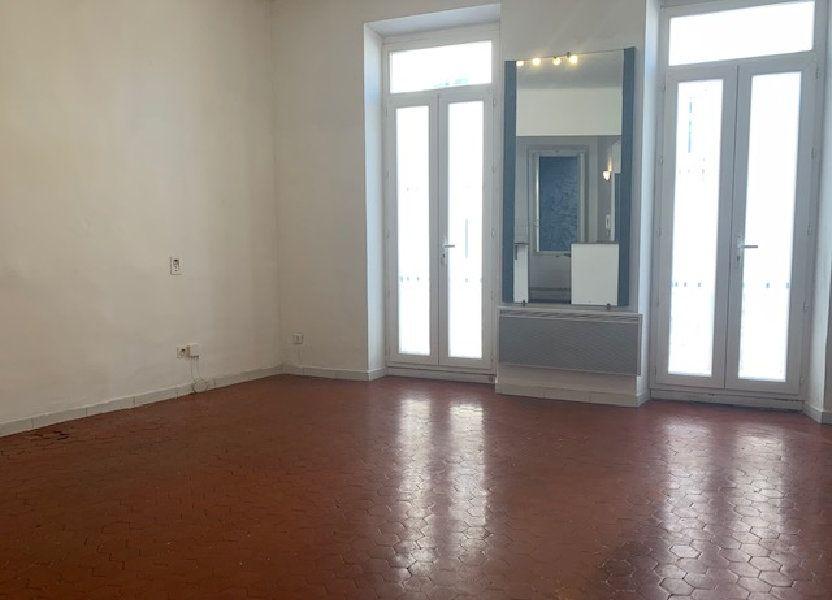 Appartement à louer 48.79m2 à Trets