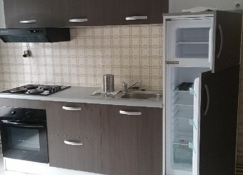 Appartement à louer 77.75m2 à Valenciennes