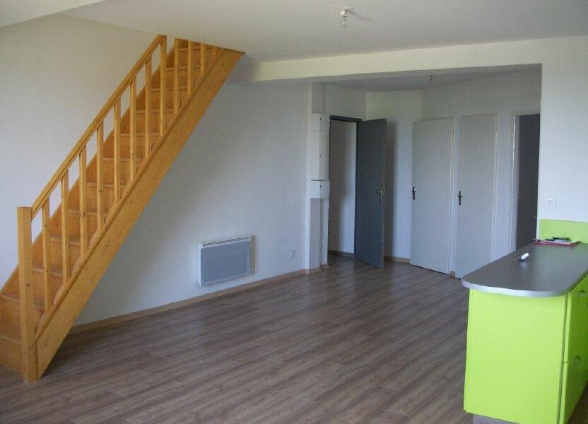 Appartement à louer 74m2 à Clérey-sur-Brenon
