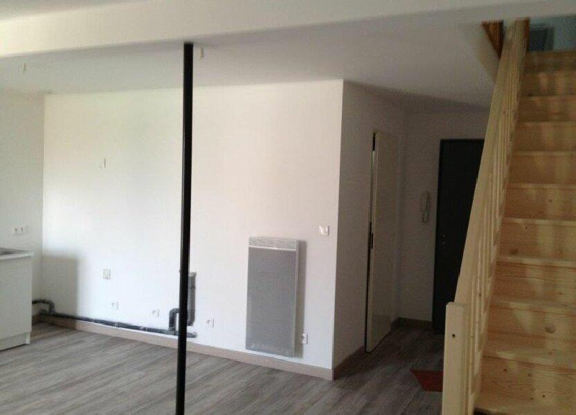 Appartement à louer 48m2 à Clérey-sur-Brenon