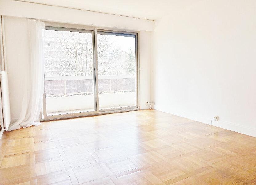 Appartement à louer 45m2 à Paris 15