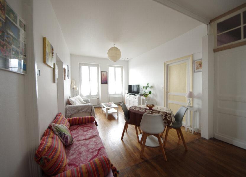 Appartement à vendre 64m2 à Saintes