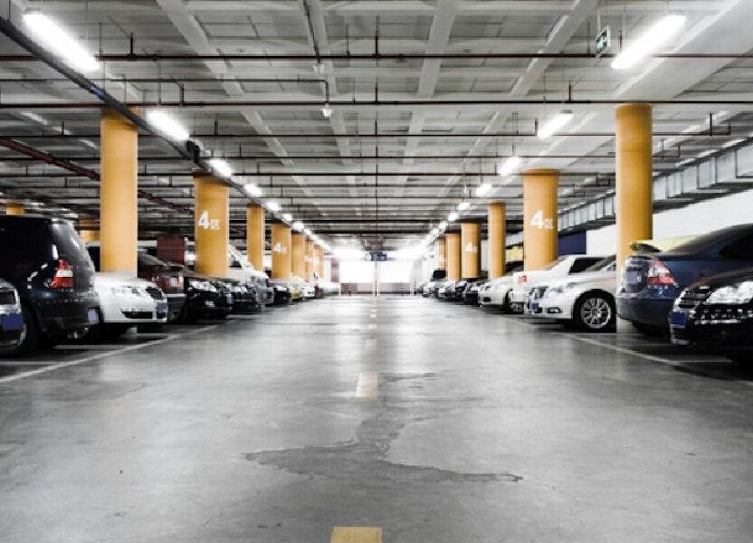 Stationnement à louer 16m2 à Saint-Pierre-des-Corps