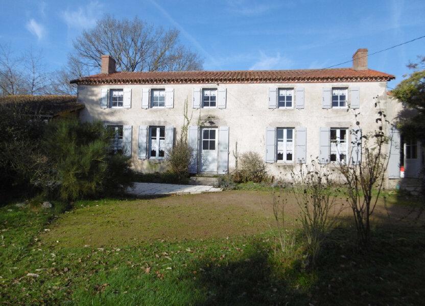 Maison à vendre 186m2 à Clessé
