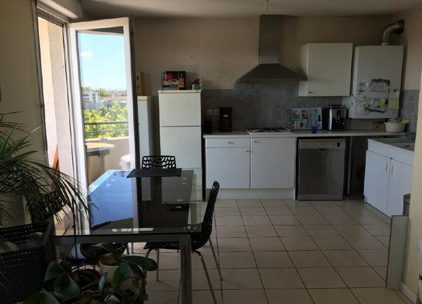 Appartement à louer 81.61m2 à Villeurbanne