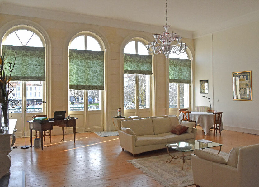 Appartement à vendre 298m2 à Rochefort