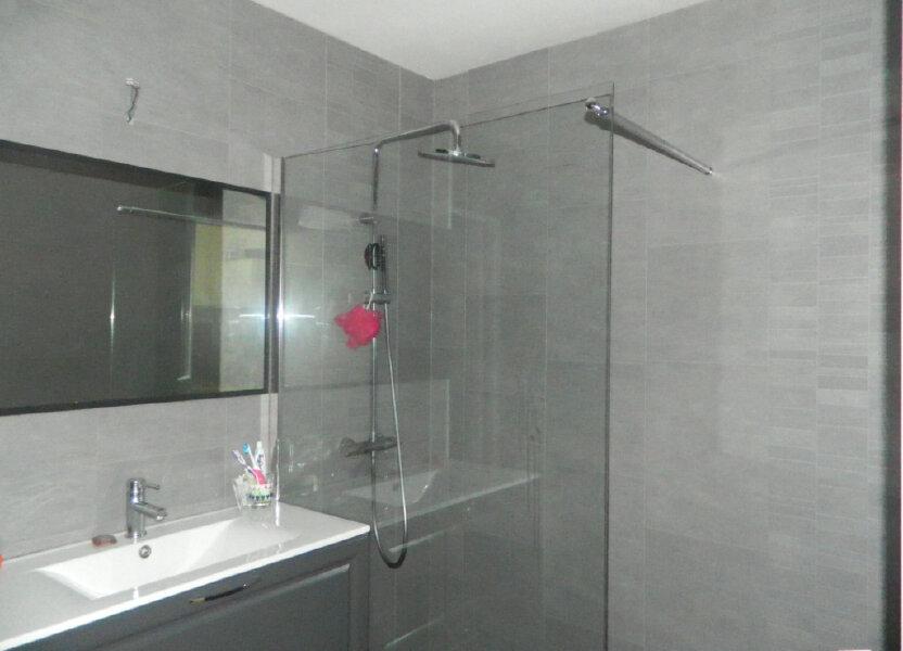 Appartement à louer 47m2 à Rochefort