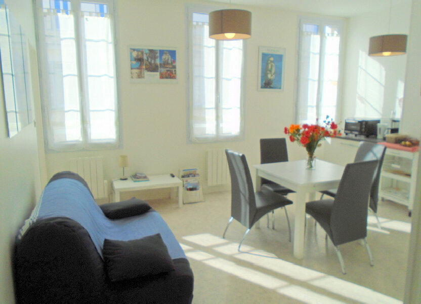Appartement à louer 42.4m2 à Rochefort