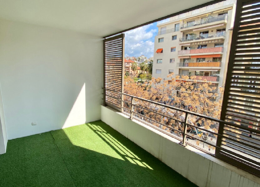 Appartement à louer 46.64m2 à Nice