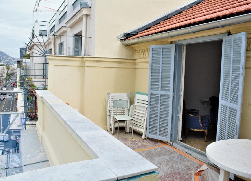 Appartement à louer 68m2 à Nice