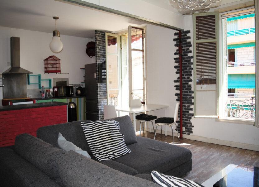 Appartement à louer 63.76m2 à Nice