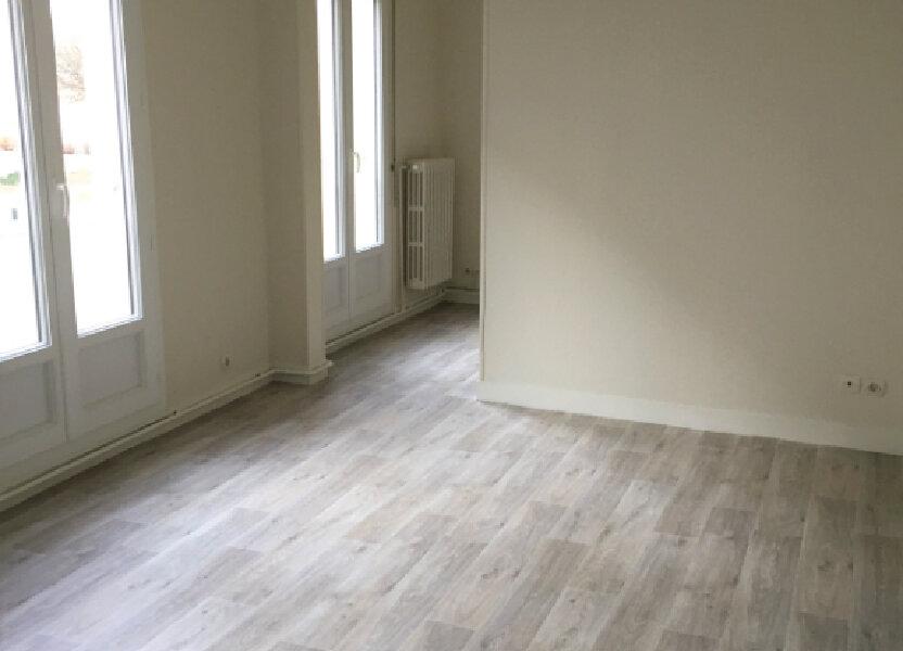 Appartement à louer 34.07m2 à Compiègne