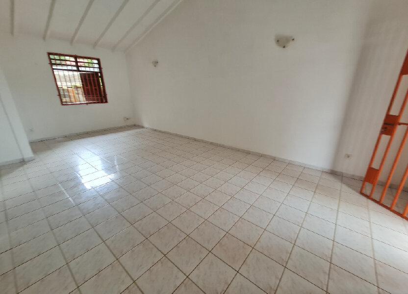Maison à louer 72.78m2 à Cayenne