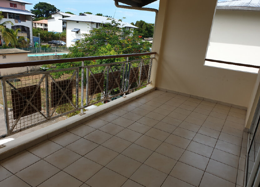 Appartement à louer 52.8m2 à Cayenne