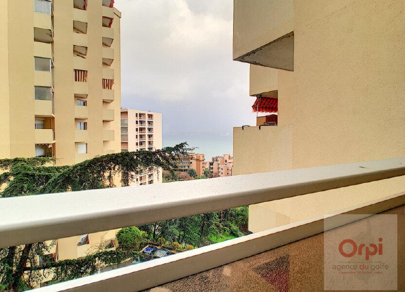 Appartement à louer 54.45m2 à Ajaccio