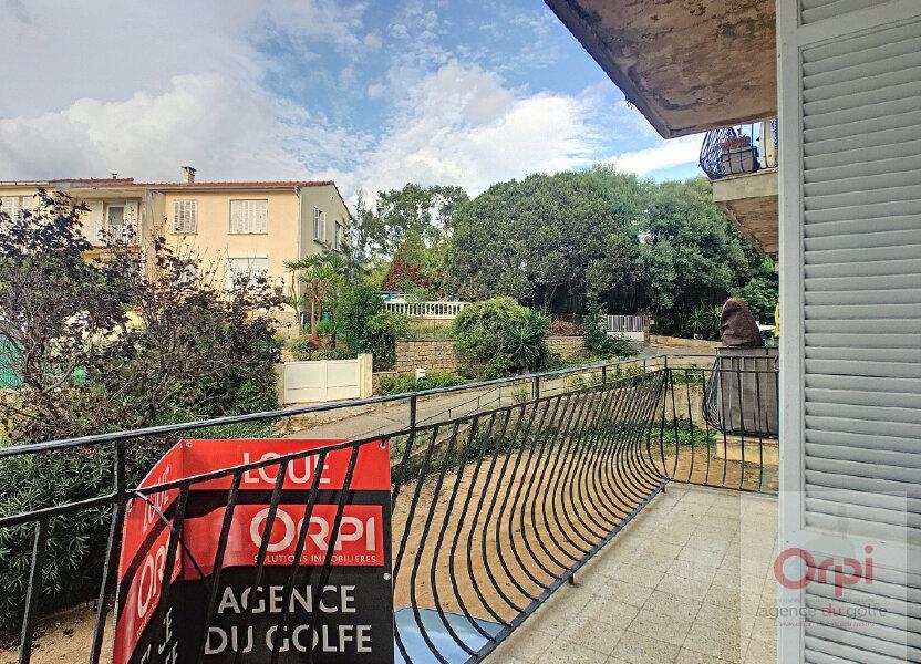 Appartement à louer 59.95m2 à Ajaccio