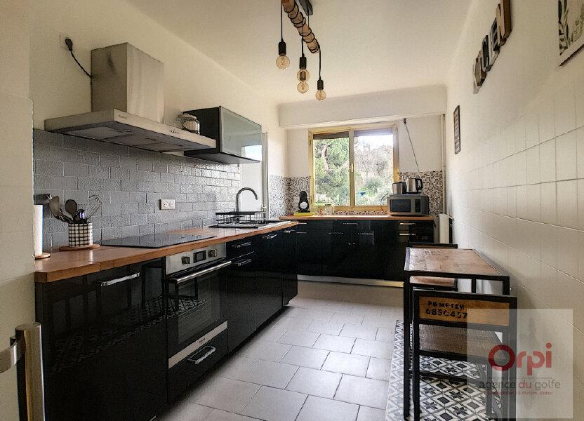Appartement à louer 81.99m2 à Ajaccio