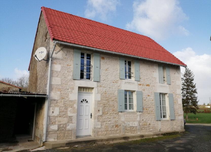 Maison à louer 99.23m2 à Saint-Romain-de-Benet