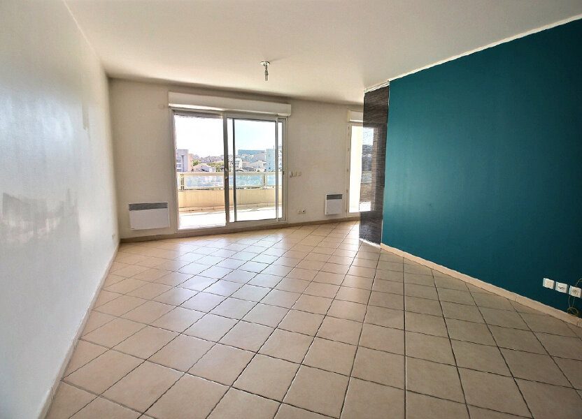 Appartement à louer 70m2 à Marseille 10