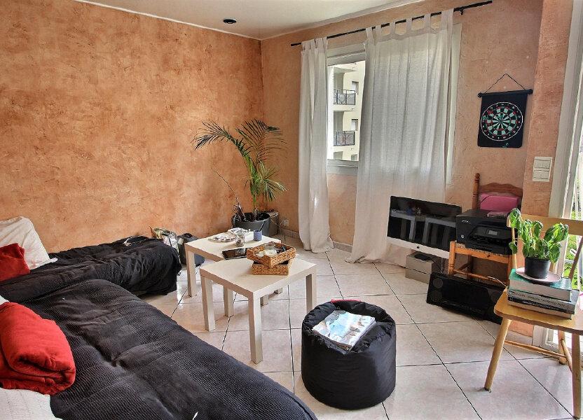 Appartement à louer 68m2 à Marseille 5