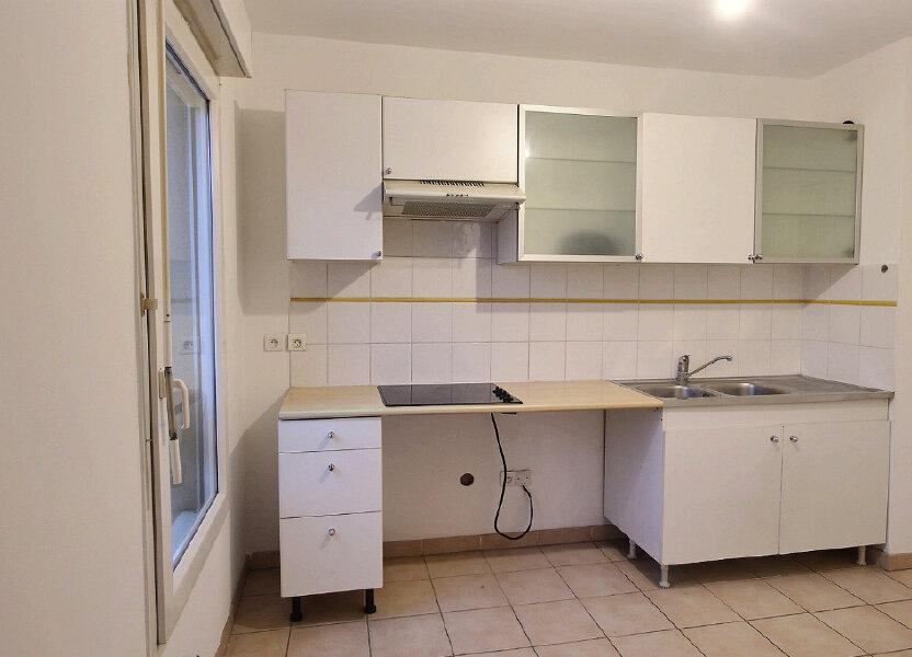 Appartement à louer 60m2 à Marseille 8