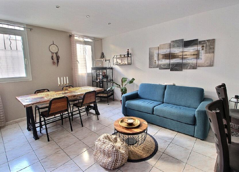 Appartement à louer 60m2 à Marseille 5