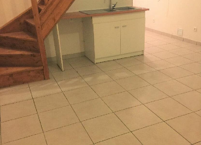 Appartement à louer 50m2 à Saint-Quentin