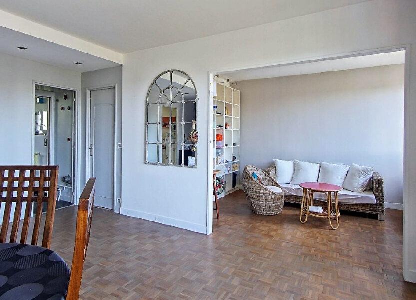 Appartement à louer 65.83m2 à Sèvres