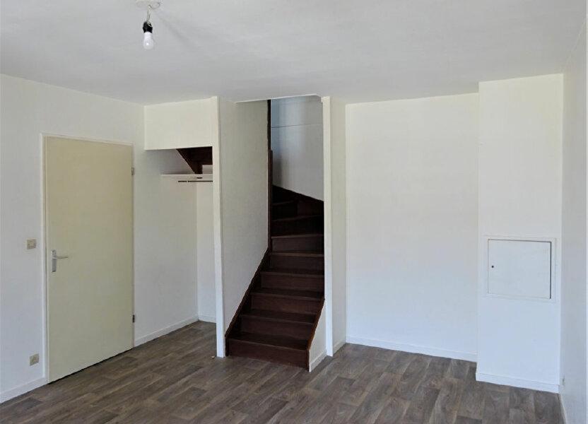 Appartement à louer 49m2 à Compiègne