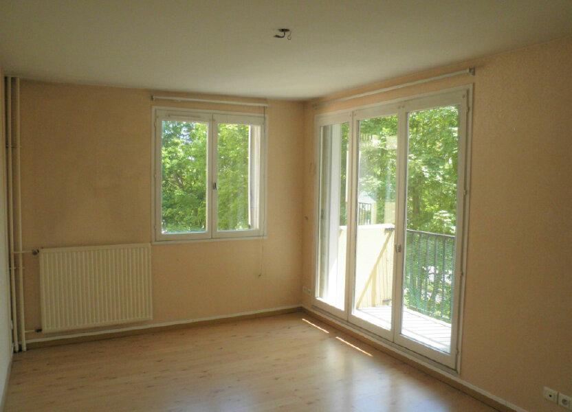 Appartement à louer 48.91m2 à Compiègne