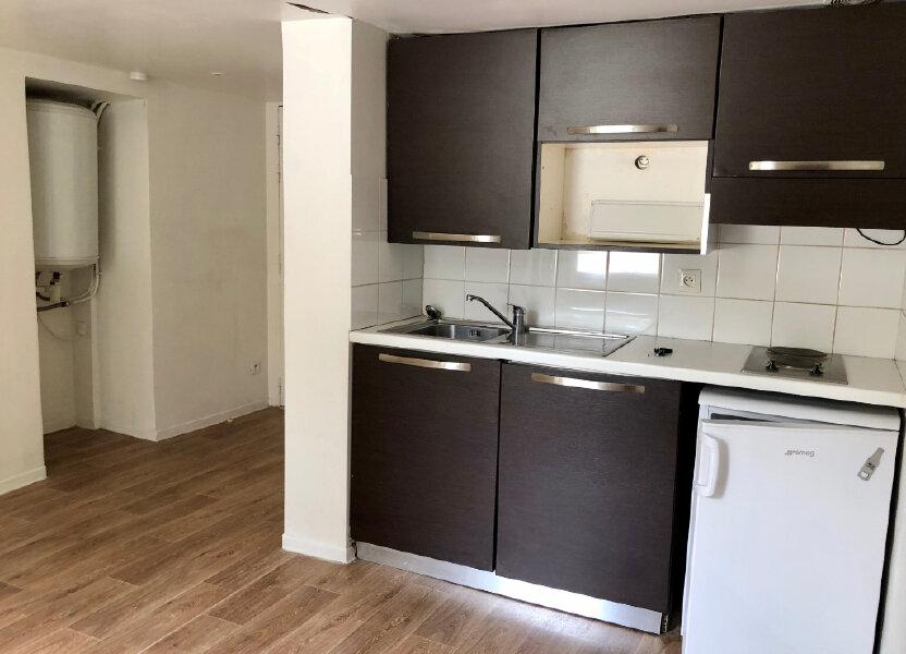Appartement à louer 17.5m2 à Nice