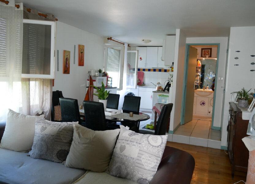 Appartement à louer 63.9m2 à Terrasson-Lavilledieu