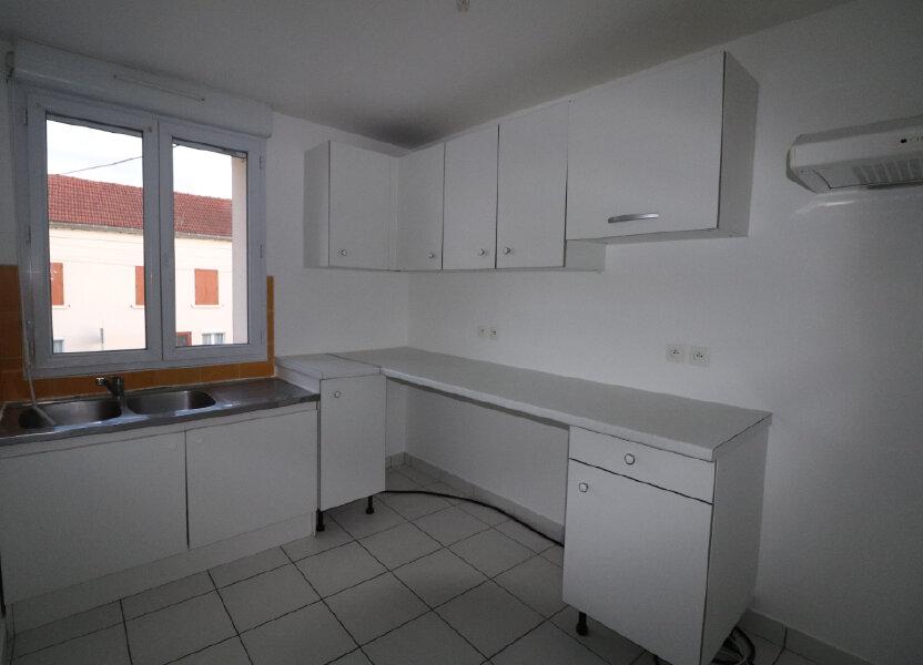 Appartement à louer 78.08m2 à Penchard