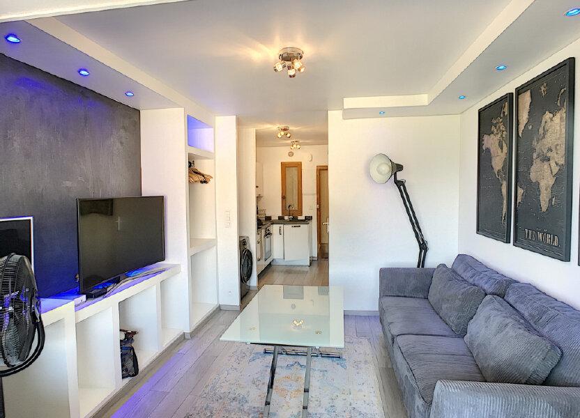 Appartement à louer 20.81m2 à Villeneuve-Loubet