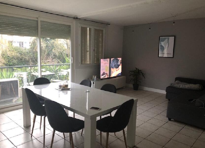 Appartement à louer 65m2 à Avignon