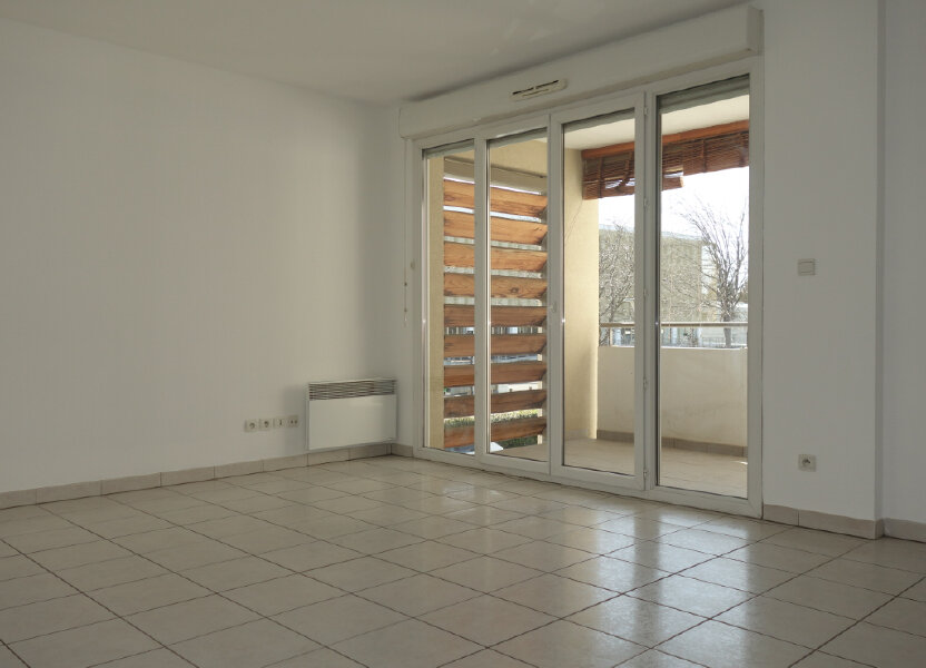 Appartement à louer 63m2 à Avignon