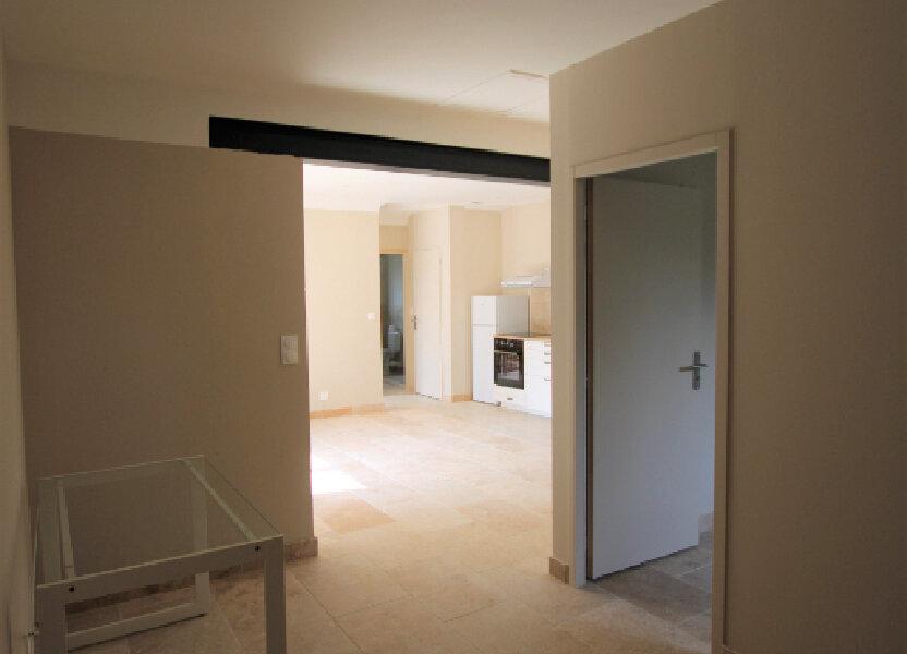 Appartement à louer 70m2 à Bédarrides