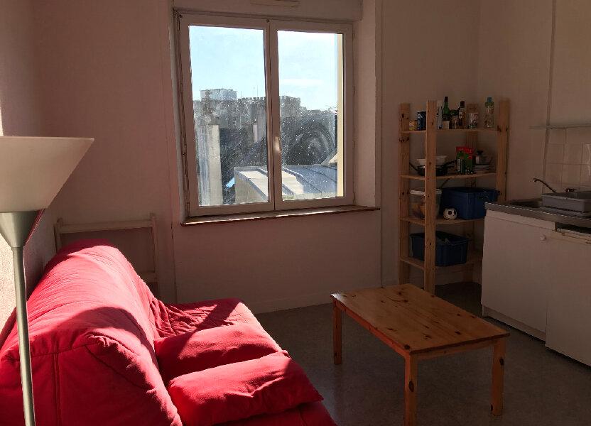 Appartement à louer 15m2 à Plomelin