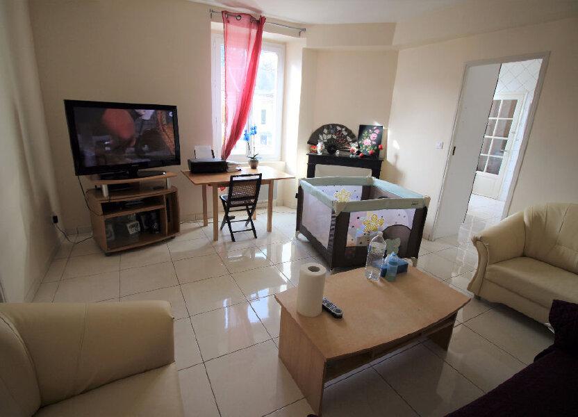 Appartement à louer 60m2 à Pussay