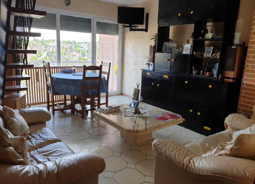 Appartement à louer 60.71m2 à Melun