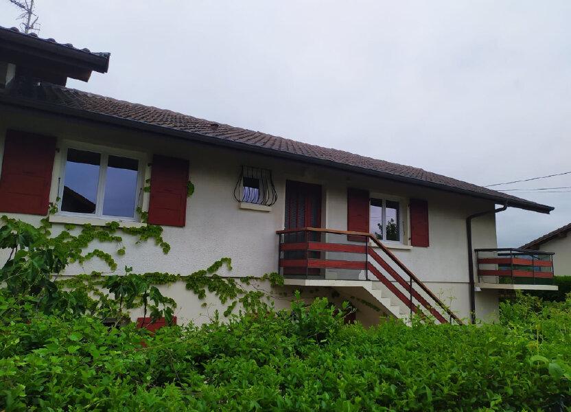 Appartement à louer 90.1m2 à Cranves-Sales