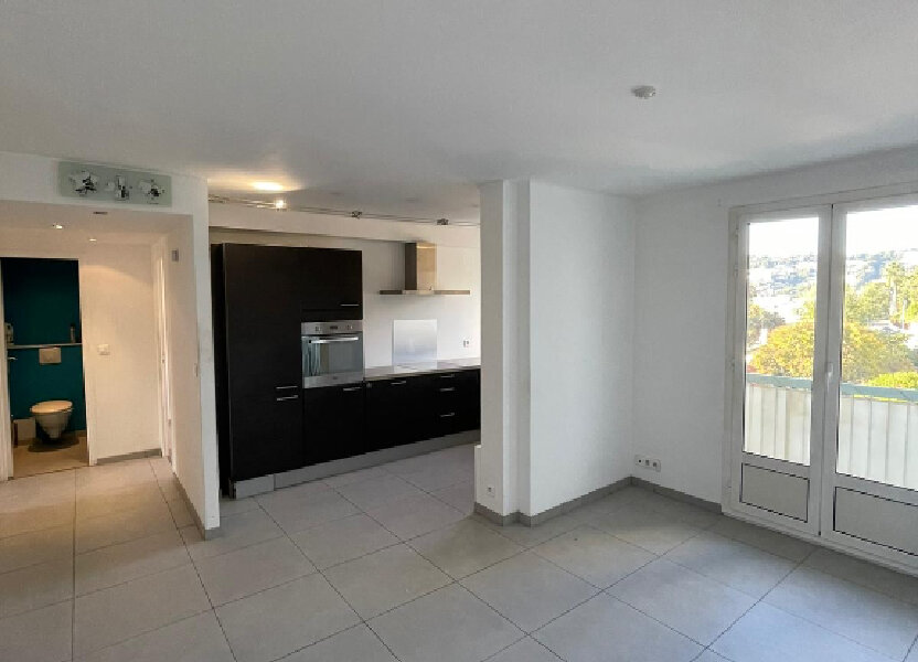 Appartement à louer 58m2 à Nice