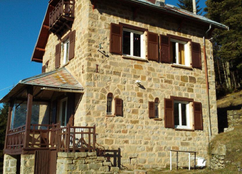 Maison à louer 62.37m2 à La Brigue