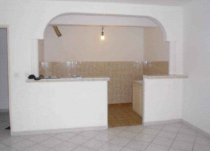 Appartement à louer 59m2 à L'Escarène