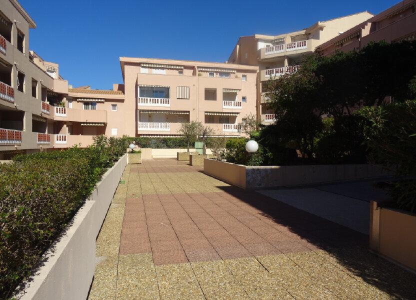 Appartement à louer 25m2 à Sainte-Maxime