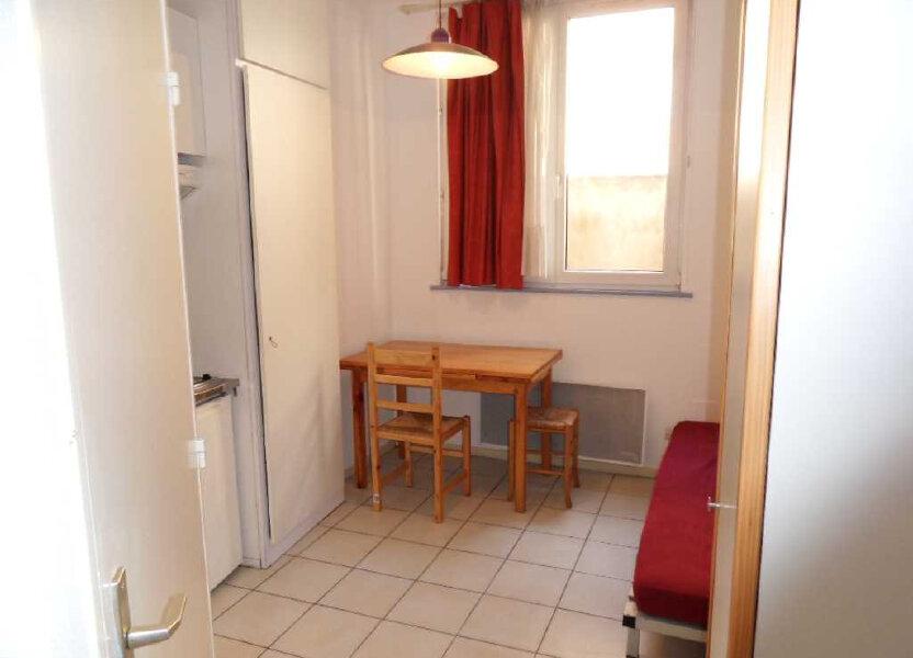 Appartement à louer 13.74m2 à Strasbourg