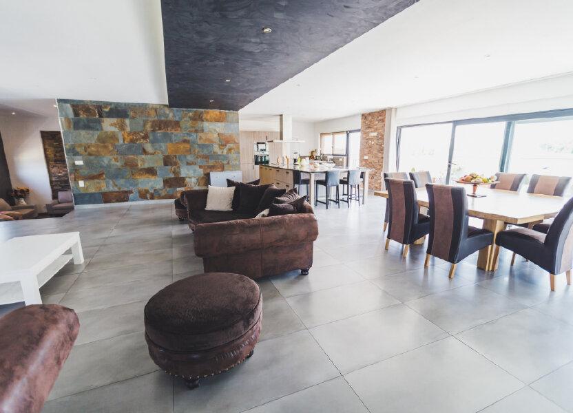 Maison à louer 600m2 à Villars